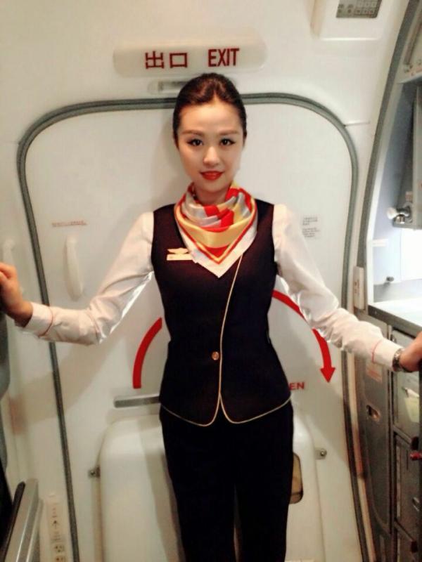许曼,海南航空公司.jpg