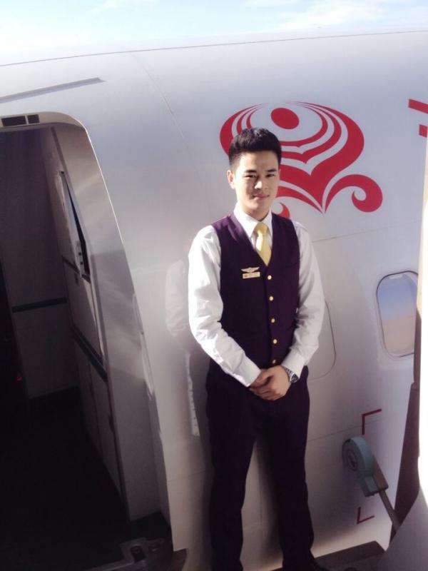 吴英龙,海南航空公司.jpg